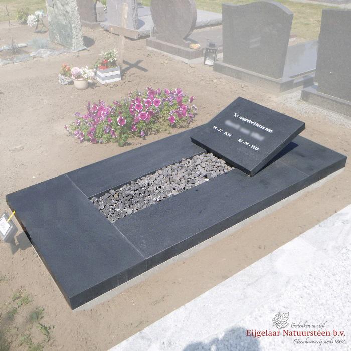 Eenvoudig grafsteen, eenvoudige grafzerk