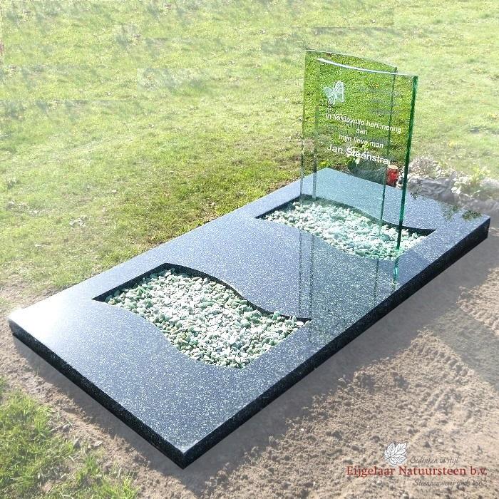 Grafsteen dubbele glasplaten gebogen