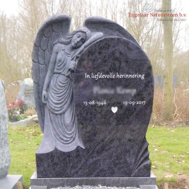 Grafsteen leunende engel
