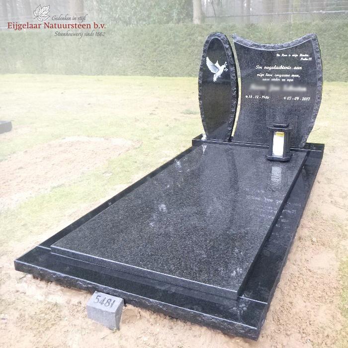 Tweedelige grafsteen